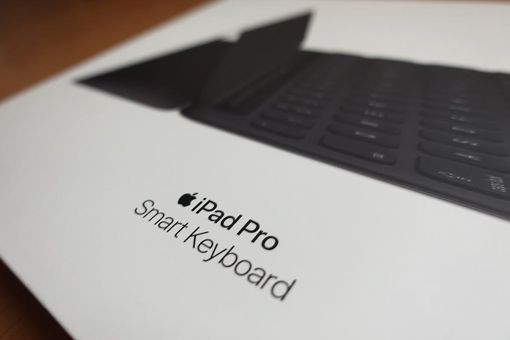 【レビュー】待望のiPad日本語配列キーボード「10.5インチiPad Pro用Smart Keyboard – 日本語(JIS)」