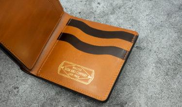 SLOW サドルプルアップ ショートウォレット エイジング向けの二つ折り財布 レビュー
