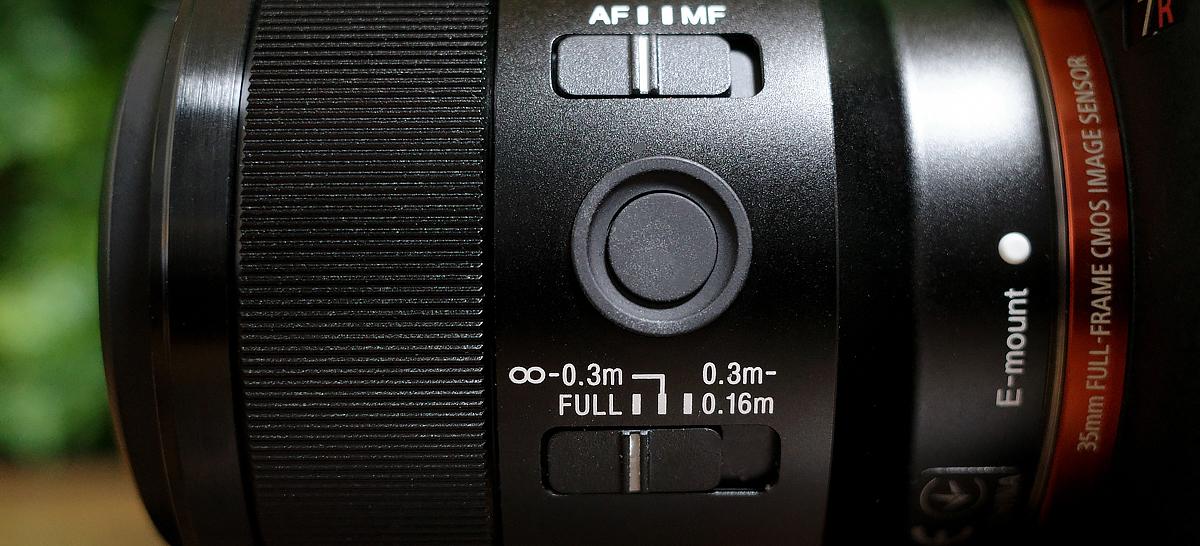 SEL50M28フォーカスレンジリミッター